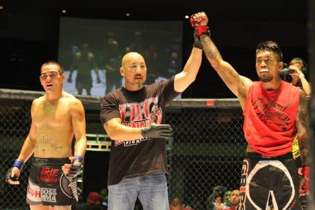 Isaac Hopps defeated Daniel Friend via Unanimous Decision